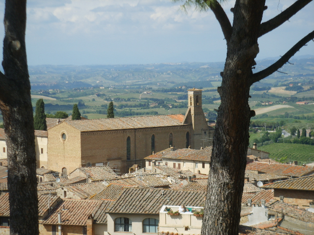 Photo of San Gimignano Chiesa di Sant'Agostino, one of the venues for the Choir's tour to Italy