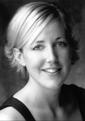 Julia Riley, Mezzo-soprano