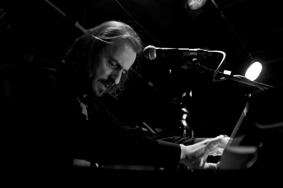 Nicholas O'Neill, Organ